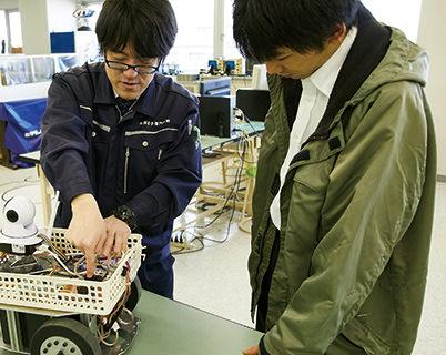 ロボットコースエンジニア