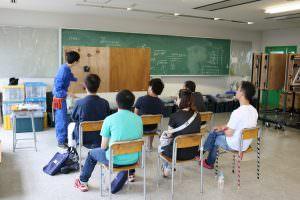 電気設備科は卒業時に第二種電気工事士の資格が無試験で取得